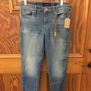 Women's NWT Lucky Brand Ava crop jeans size 29